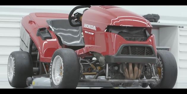 【ビデオ】ホンダが「世界最速の芝刈り機」をさらにパワーアップ! 「CBR1000RR ファイヤーブレード」のエンジンを積んで192psに!