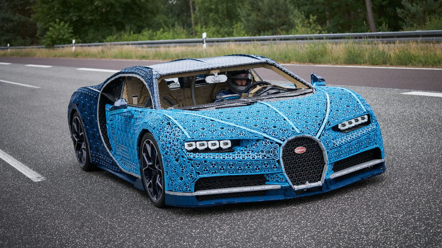 This driveable Bugatti Chiron is made out of 1 million Lego
