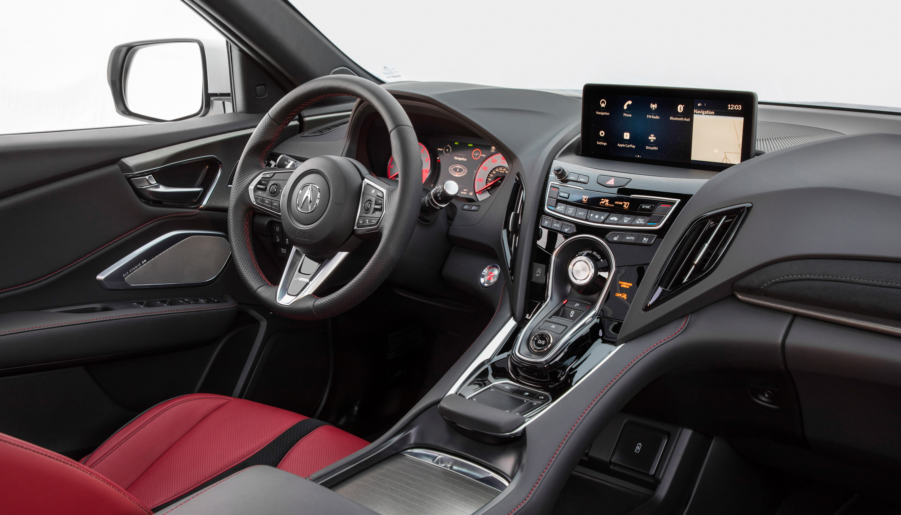Acura skips the touchscreen for its infotainment system