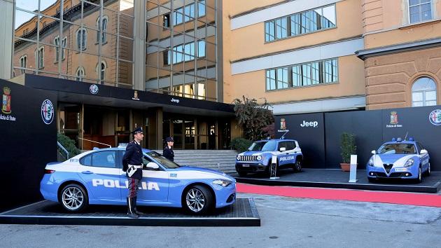 イタリアの警察車両に、ジープ「レネゲード」とアルファ ロメオ「ジュリエッタ」が仲間入り