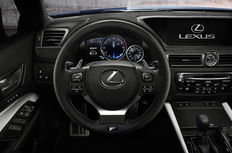 North American International Auto Show 2015 LEXUS