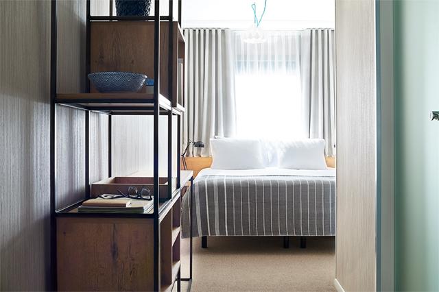 Good Hotel, floating hotel bedroom