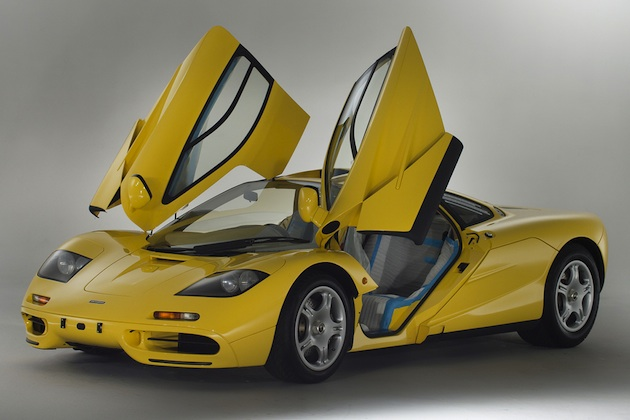 工場出荷時のまま未使用・新車状態で保存されていた1997年製「マクラーレン F1」が売り出し中! 当時オーダーしたのは日本人!?