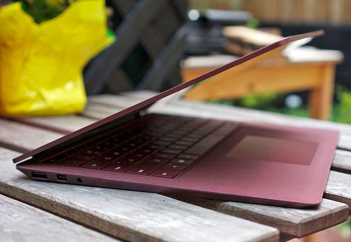Microsoft's Surface revenue up 32 percent alongside its booming cloud