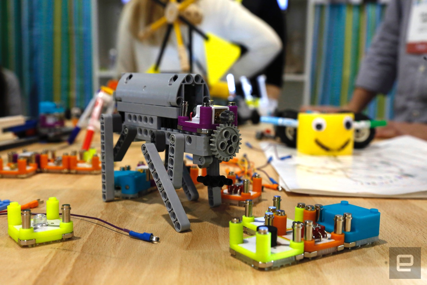 Circuit Cubes Make Engineering Basics A Snap For Kids Littlebits Kits Teach Beginning Circuitry To Discount Theres No Shortage Of Websites And Tutorial Videos Hardware Meant Them The Fundamentals