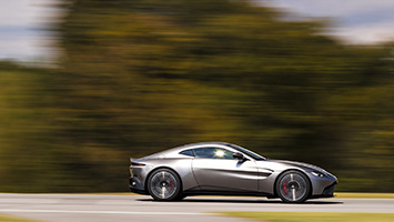 ... 2018 Aston Martin V8 Vantage