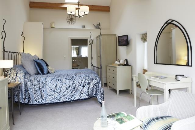 Angel Inn bedroom, Yorkshire inn