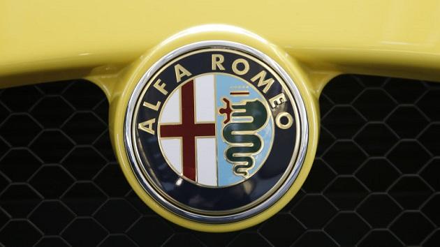アルファ ロメオ、クロスオーバーに専念するため新型「スパイダー」の計画を中止?