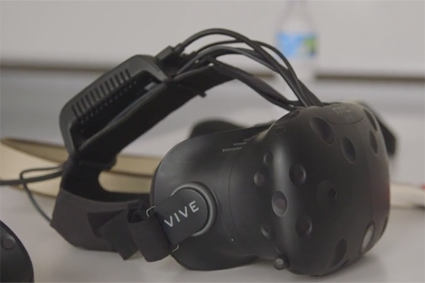 New HTC Vive Tech Showcase | Hands-On
