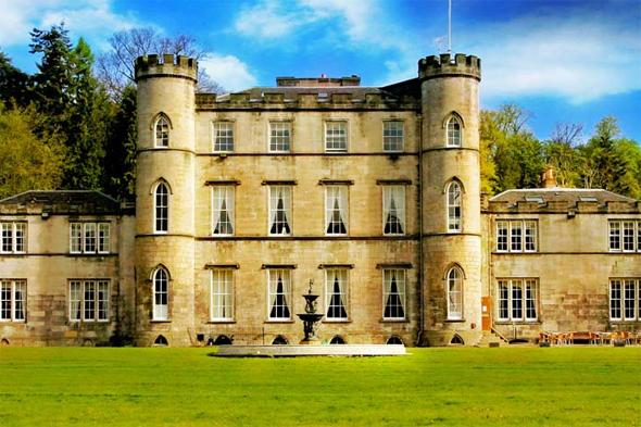 Hotels Near Downton Abbey