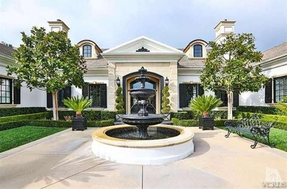 Wayne Gretzky house exterior thousand oaks calif