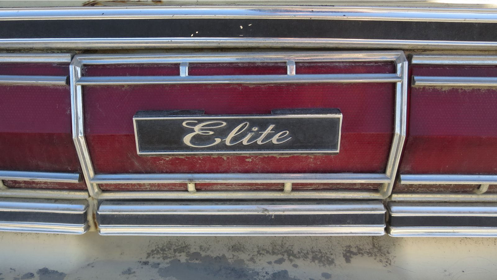 27+ 1976+Ford+Elite+in+California+wrecking+yard+ +photo+by+Murilee+Martin junkyard gem 1976 ford elite autoblog Ford Wiring Harness Kits at edmiracle.co