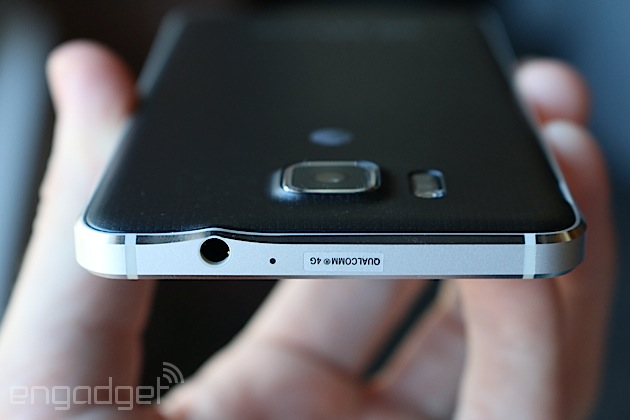 Samsung Galaxy Alpha pictures, official photos