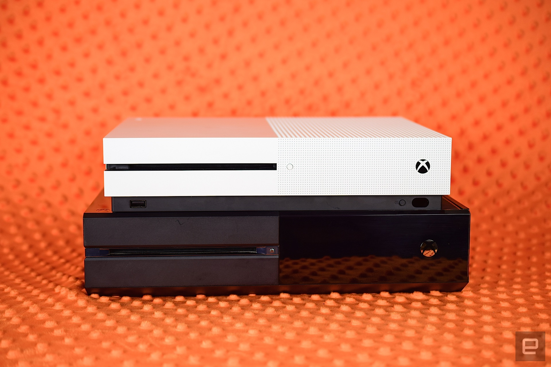 Xbox One Vs Xbox One S : Xbox one s review a worthy successor to the xbox