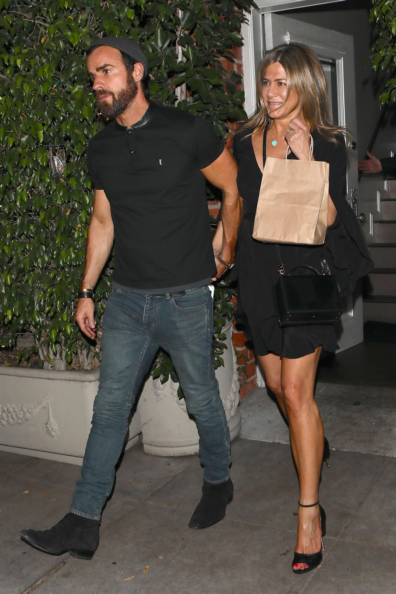 West Hollywood, CA  - *EXCLUSIVE* *WEB MUST CALL FOR PRICING** - Former 'Friends' co-stars Jennifer Aniston and Courteney Cox were seen attending a party with several other celebs at a restaurant in West Hollywood.  Pictured: Jennifer Aniston, Justin Theroux  BACKGRID USA 30 JUNE 2017   USA: +1 310 798 9111 / usasales@backgrid.com  UK: +44 208 344 2007 / uksales@backgrid.com  *UK Clients - Pictures Containing Children Please Pixelate Face Prior To Publication*