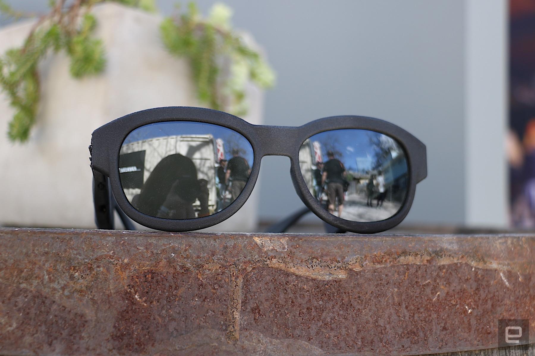 de6ff574d1 Bose sunglasses hands-on  audio AR makes more sense than you think