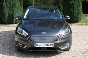 2015 Ford Focus Titanium 4dr Hatchback Specs and Prices