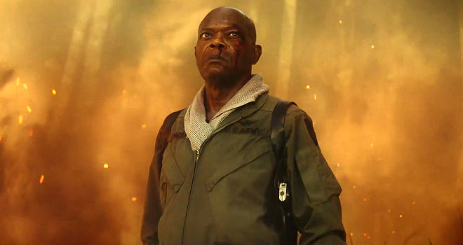 Samuel L Jackson as Lt. Colonel Packard stares down Kong in KONG: SKULL ISLAND