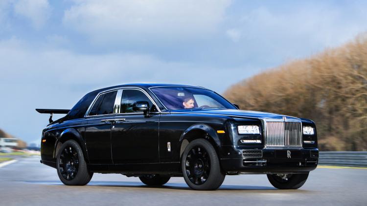 rolls royce phantom high car wing