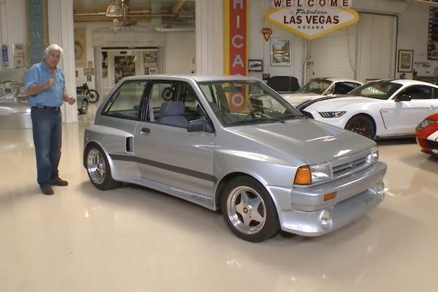 【ビデオ】フォード「フェスティバ」にヤマハ製V6エンジンを搭載した「Shogun」を所有するジェイ・レノが紹介!