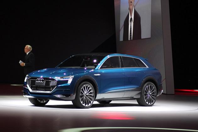 アウディ、「e-tron クアトロ」の市販モデルを2018年に生産開始すると発表
