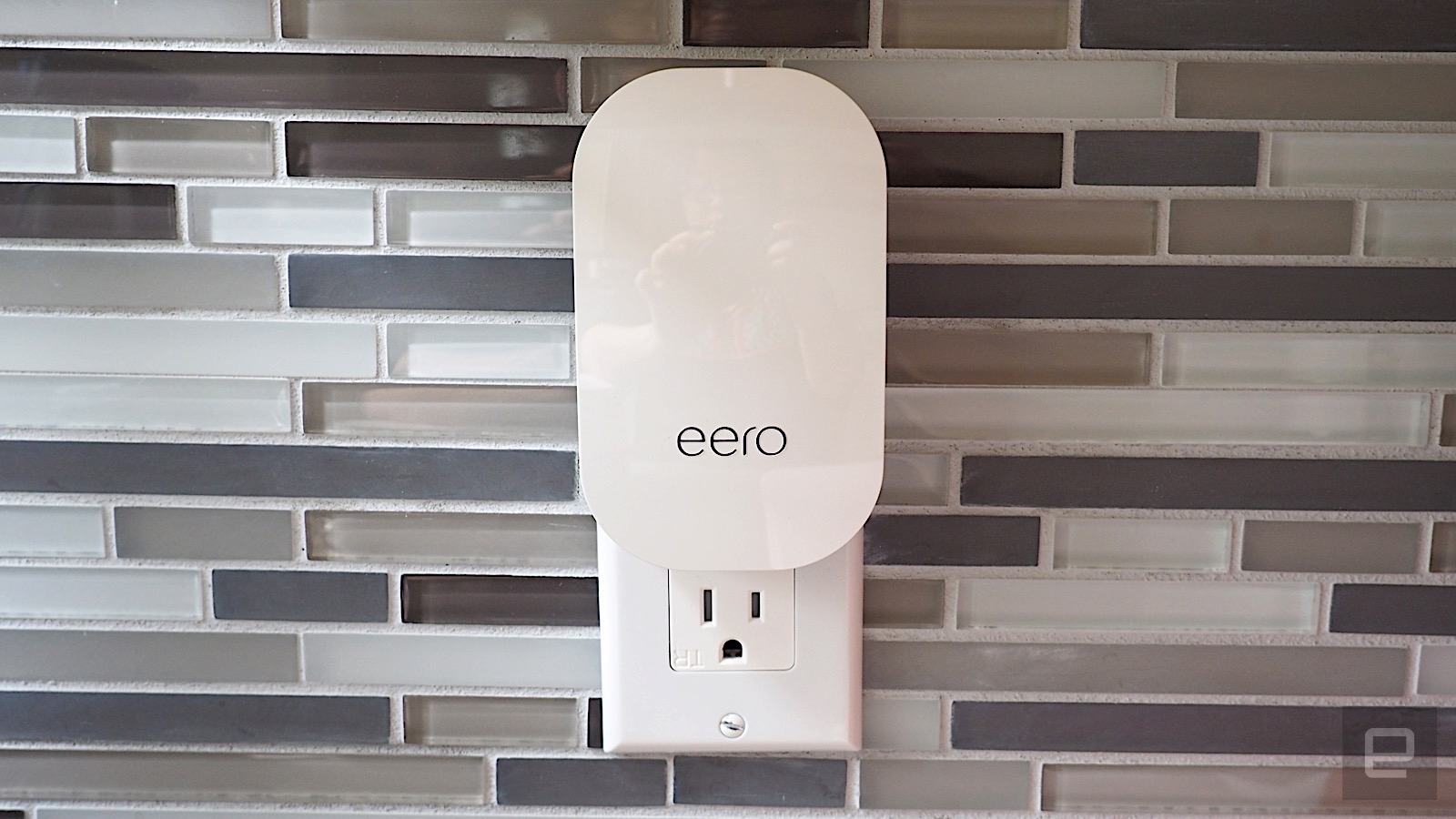 Eero S New Mesh Wifi System Packs More Power In A Pretty