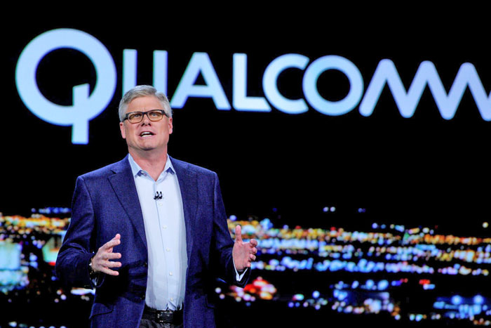 Qualcomm chip promises phone data that's faster than fiber