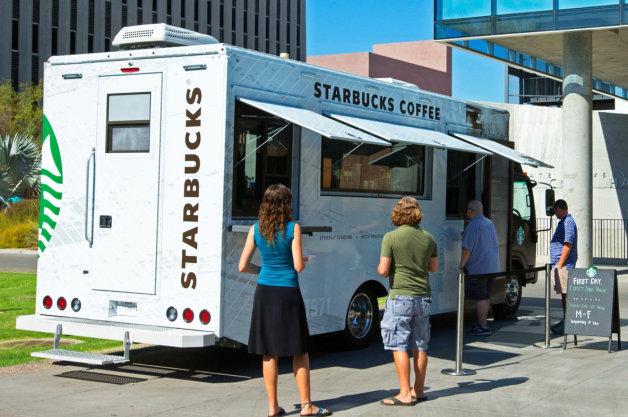 【レポート】スターバックスが大学のキャンパスに移動販売車を導入