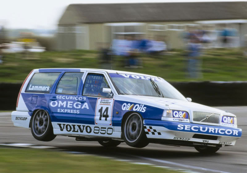 The Volvo 850 Estate racing in the 1994 British Touring Car Championship.