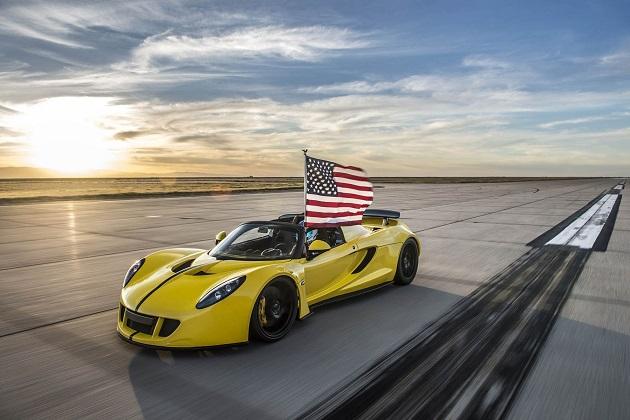 【ビデオ】ヘネシー「ヴェノムGTスパイダー」がオープンカーの世界最速記録を達成!