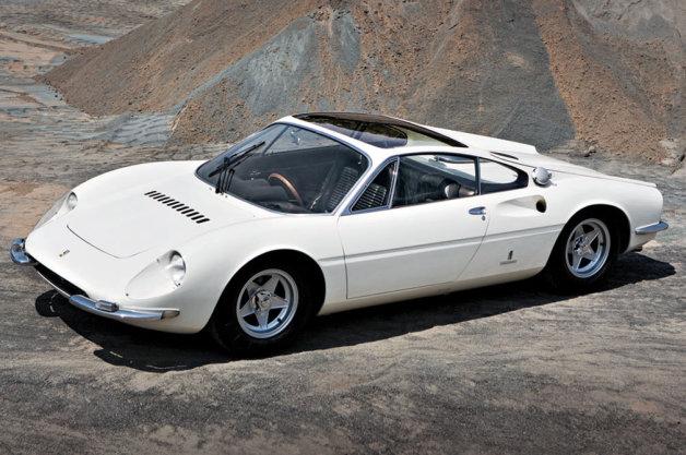 1966年型フェラーリ「365 P ベルリネッタ スペチアーレ」、史上最高落札額の更新なるか?