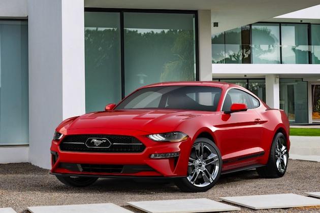 フォードから、「マスタング」にレトロなタッチを加える「ポニー・パッケージ」が登場