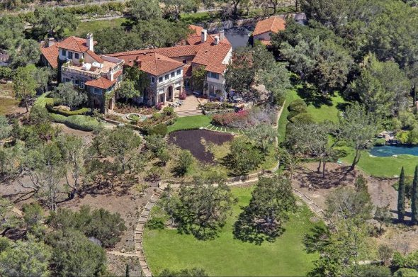 Aerial view of the estate.