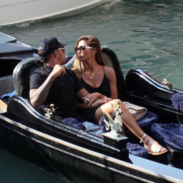 Nicole Scherzinger and Lewis Hamilton enjoy gondola ride in Venice