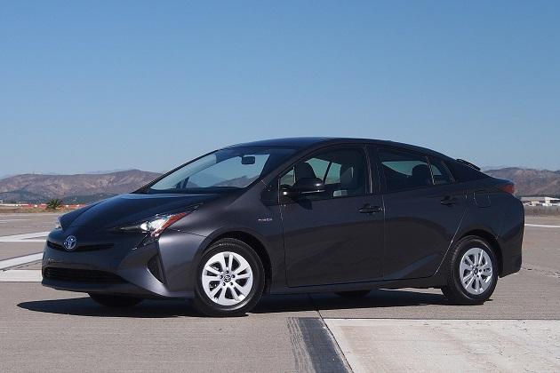 トヨタ「プリウス」が米国IIHSの最高安全評価「トップセーフティピック+」を獲得