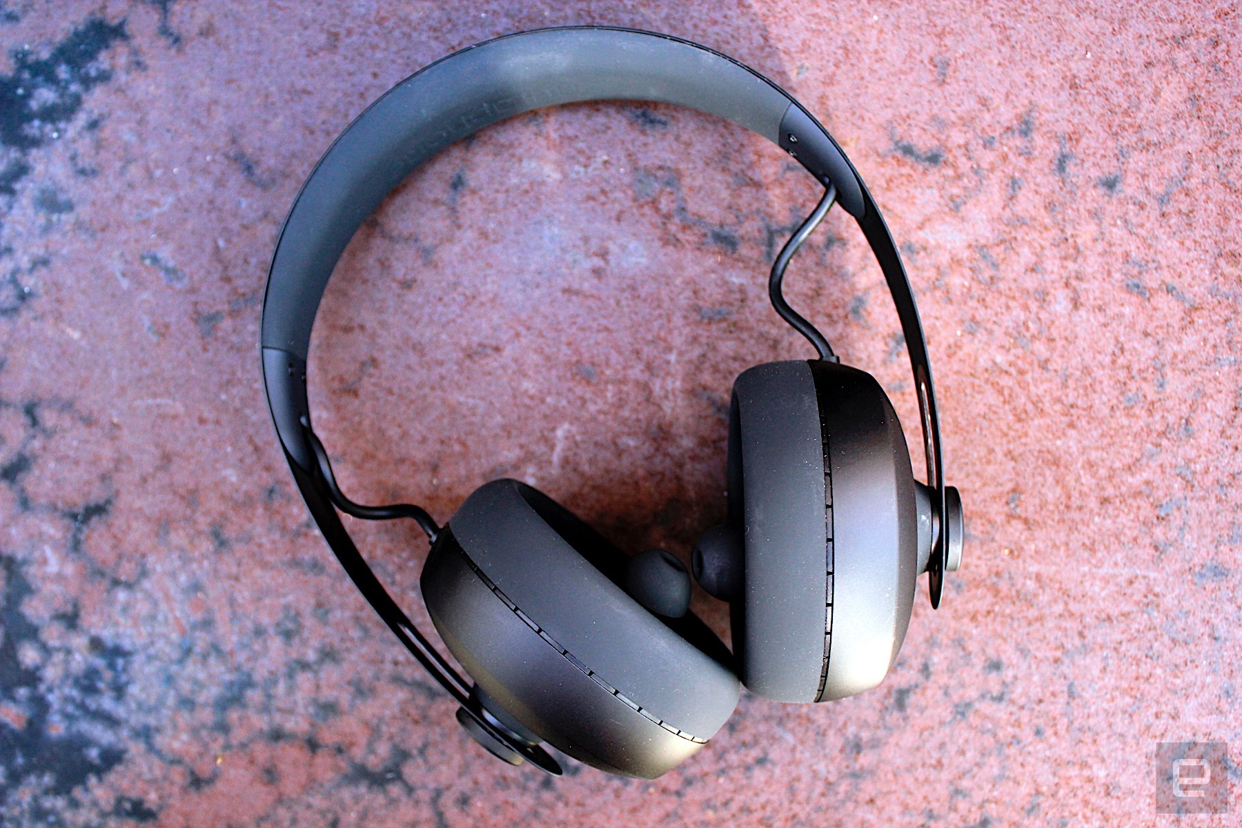 d9d28831f91 The first time you use the headphones, you can (and should) undertake a  hearing test. It's automatic (unlike similar products that require you to  listen and ...