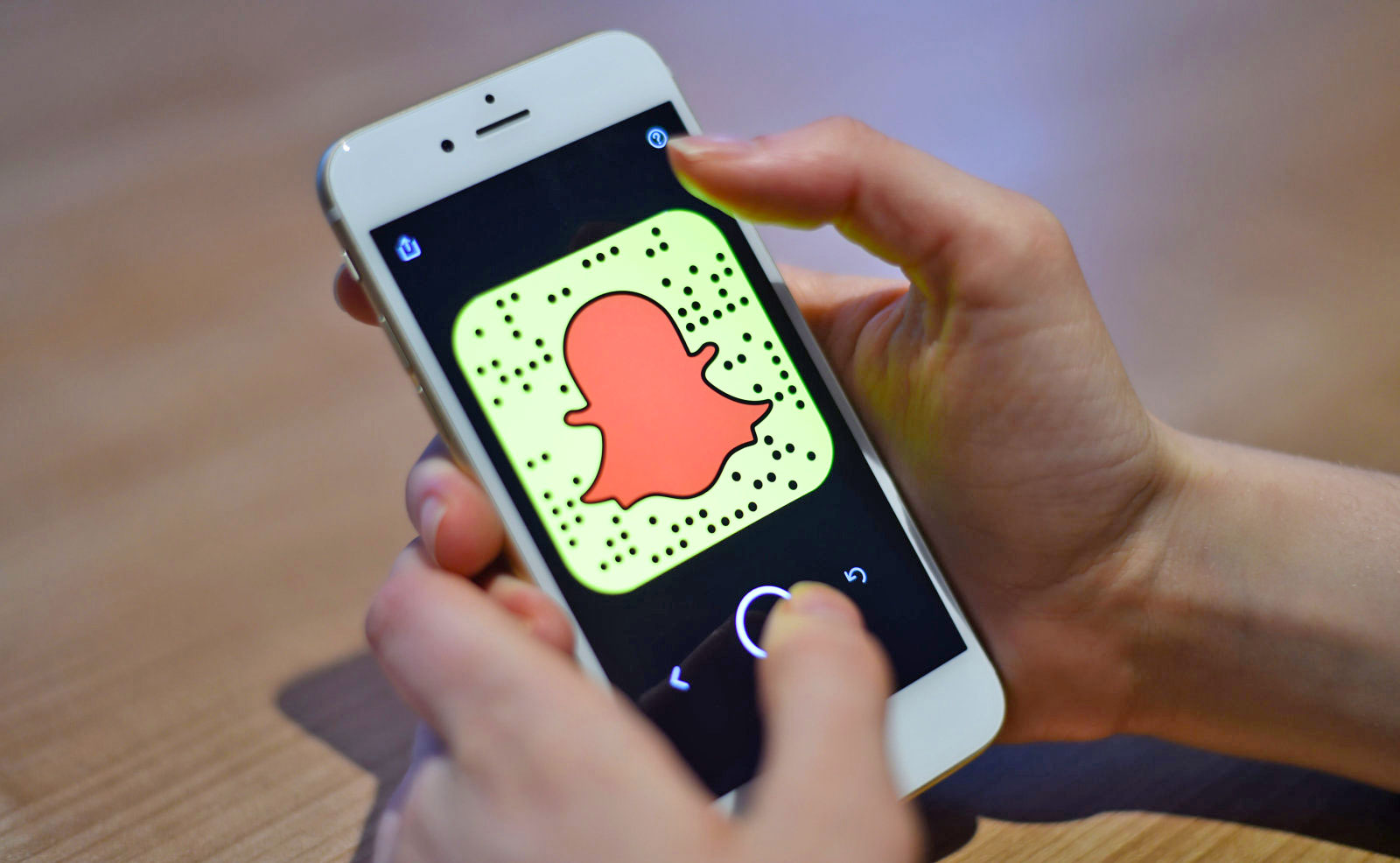 Snapchat now lets you record up to six video snaps at once