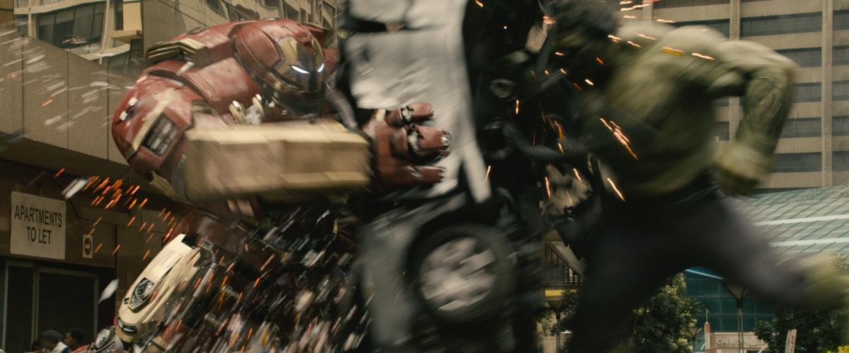 Marvel's Avengers: Age Of Ultron  L to R: Hulkbuster Iron Man armor (Robert Downey Jr.) and Hulk (Mark Ruffalo)  Ph: Film Frame  ©Marvel 2015