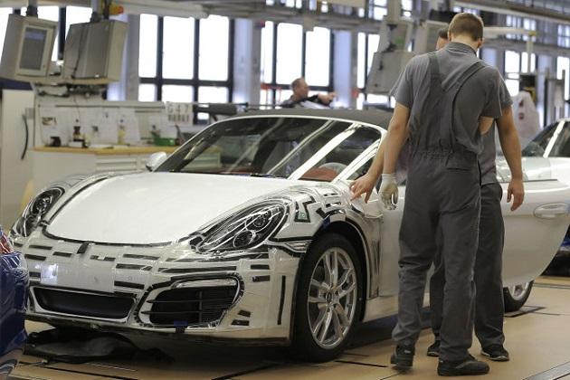 ポルシェ、「ボクスター」と「ケイマン」の生産をすべて本社工場へ移転