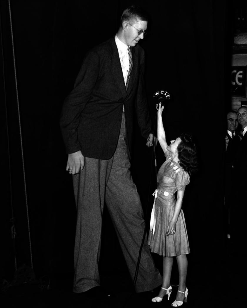 The Life Of The Tallest Man Who Ever Lived Is Utterly Fascinating