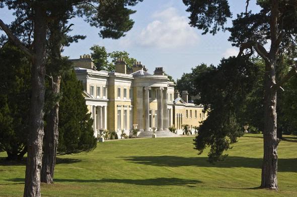 Holwood House