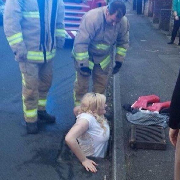 girl-stuck-drain-dover-rescued-firefighters