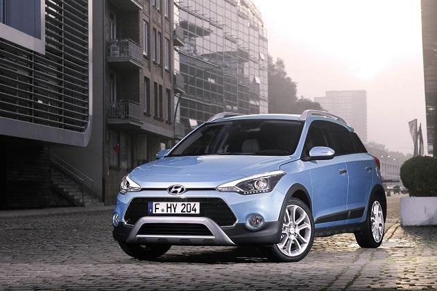ヒュンダイ、クロスオーバー風に仕立てた新型車「i20 アクティブ」を発表
