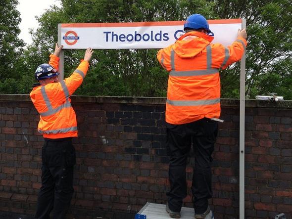 'Theobolds Grove': London train station accidentally renamed
