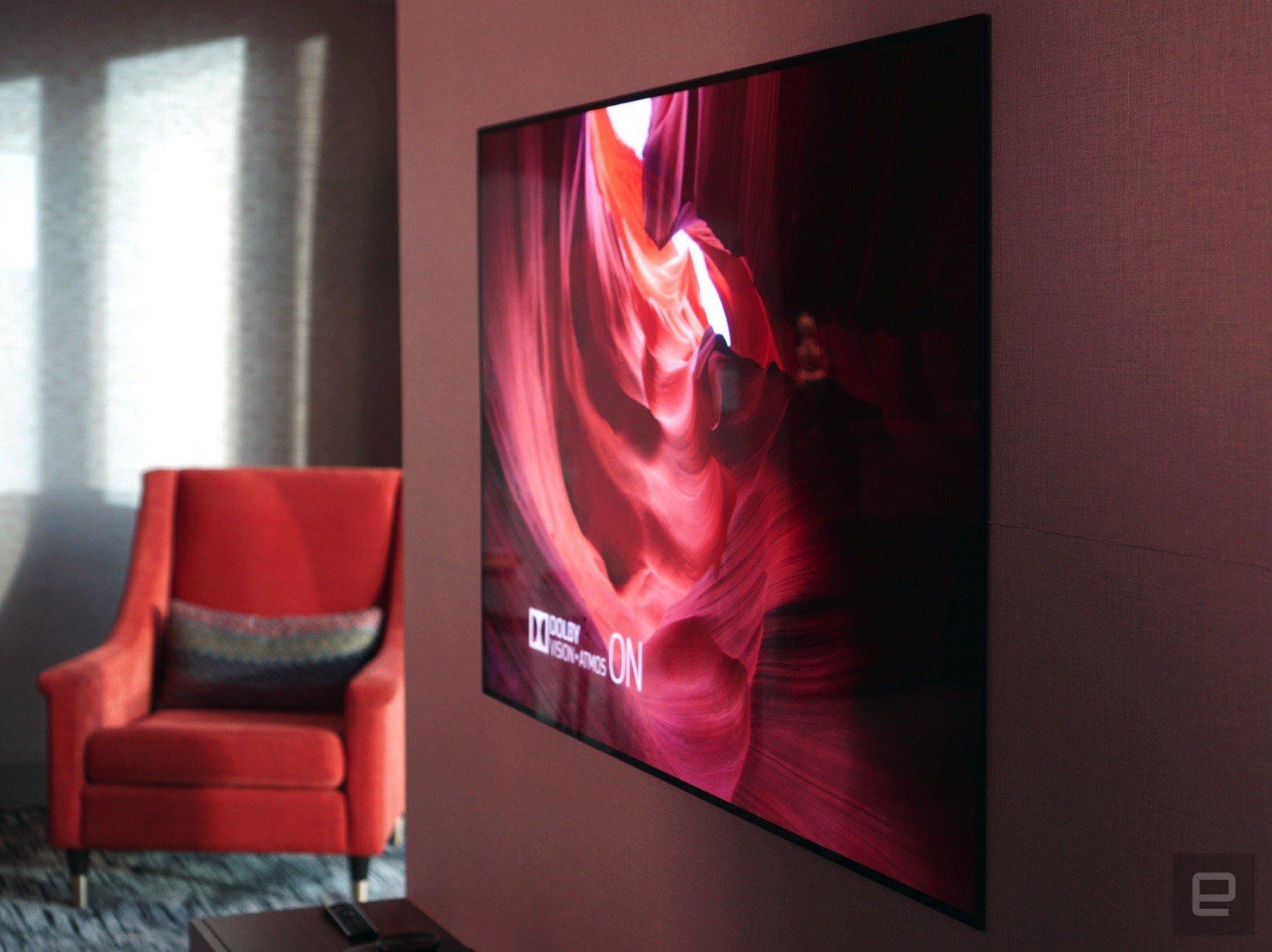 LG OLED 電視新品薄得不需要掛牆架
