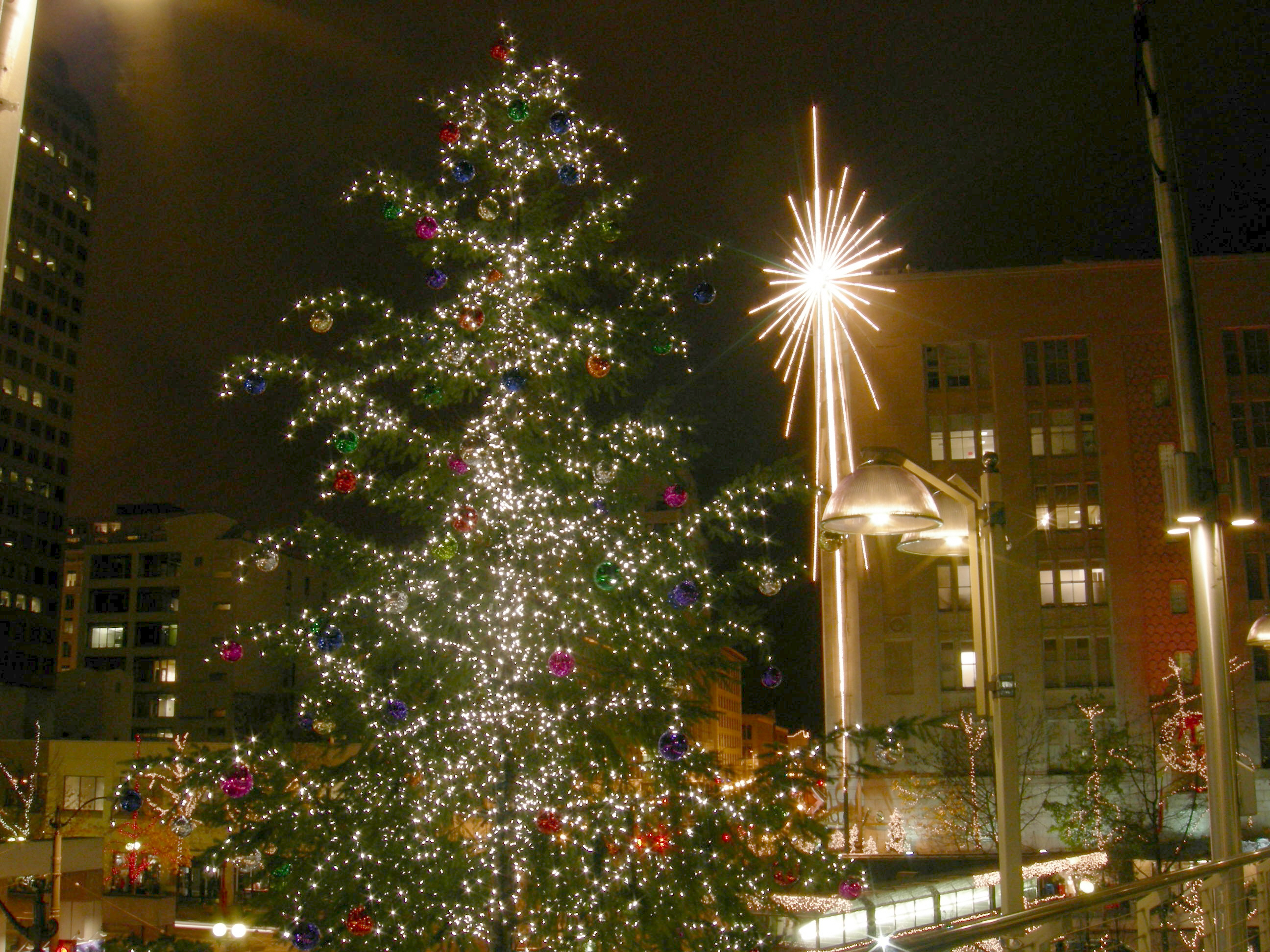 joe mabelwikimedia commons - Christmas Activities In Seattle
