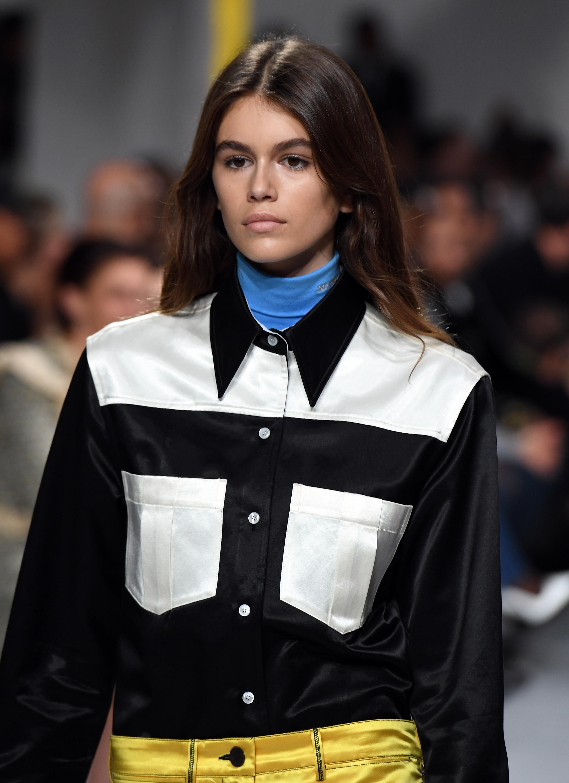 Model Kaia Gerber sports a lustrous beauty look at Calvin Klein