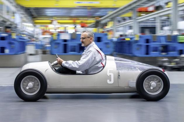 乗ってみたい! アウディが3Dプリンターで造ったアウトウニオン「タイプC」の小型レプリカ
