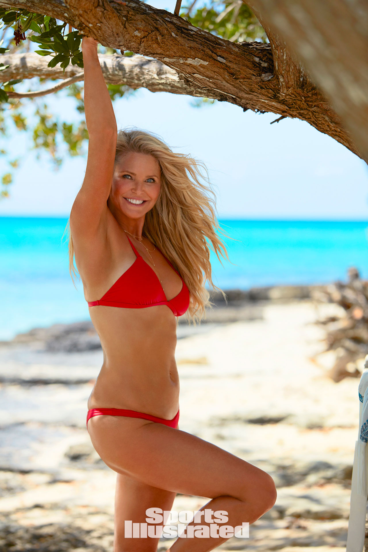 Christie Brinkley returns to the 'Sports Illustrated ...