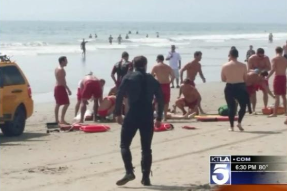 Lightning strikes kills one and injures 13 on Venice Beach in Los Angeles